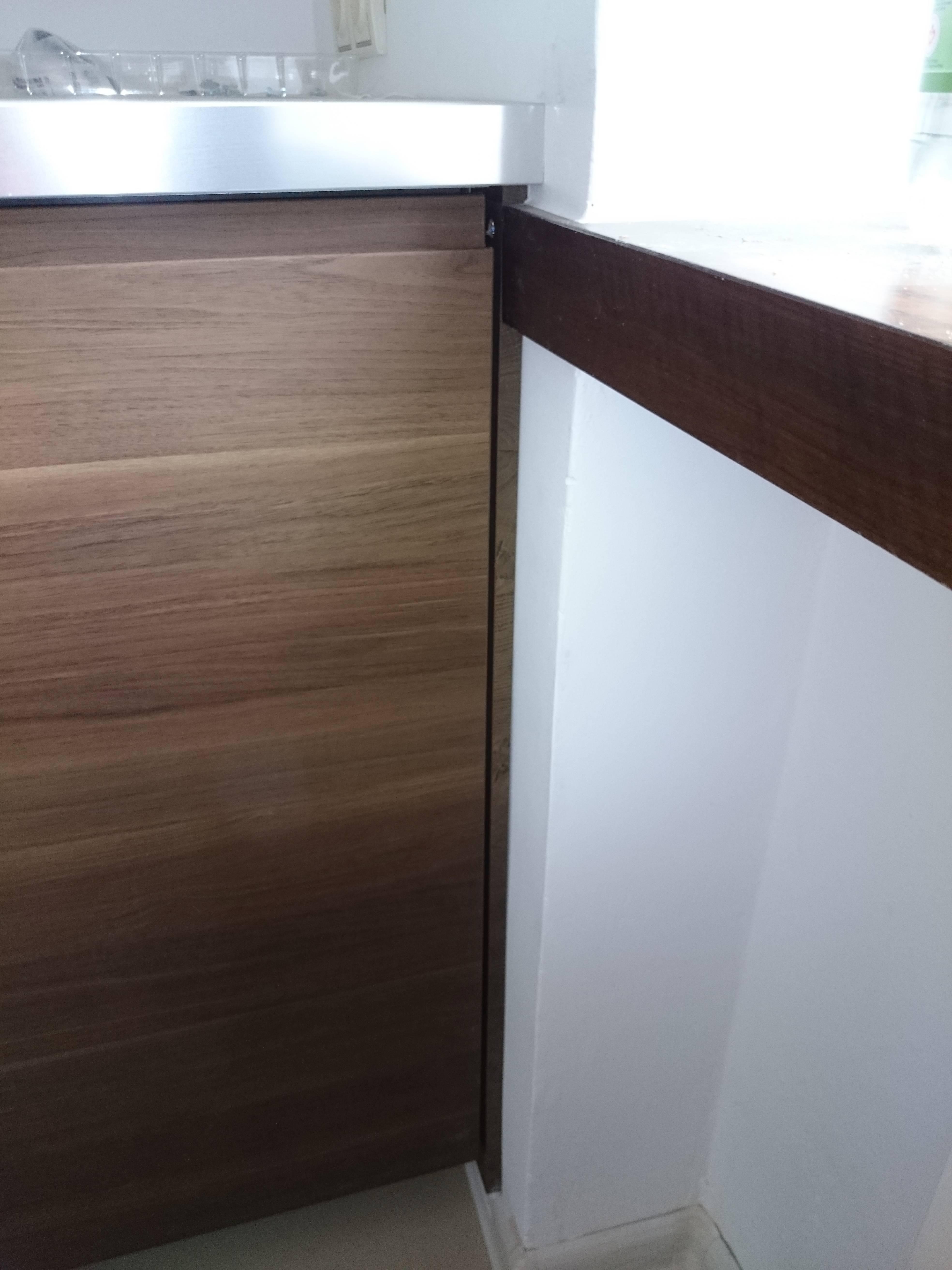 Montaż skręcanie szafek kuchennych