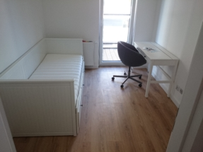 Montaż biurka i sofy HEMNES IKEA - Kraków