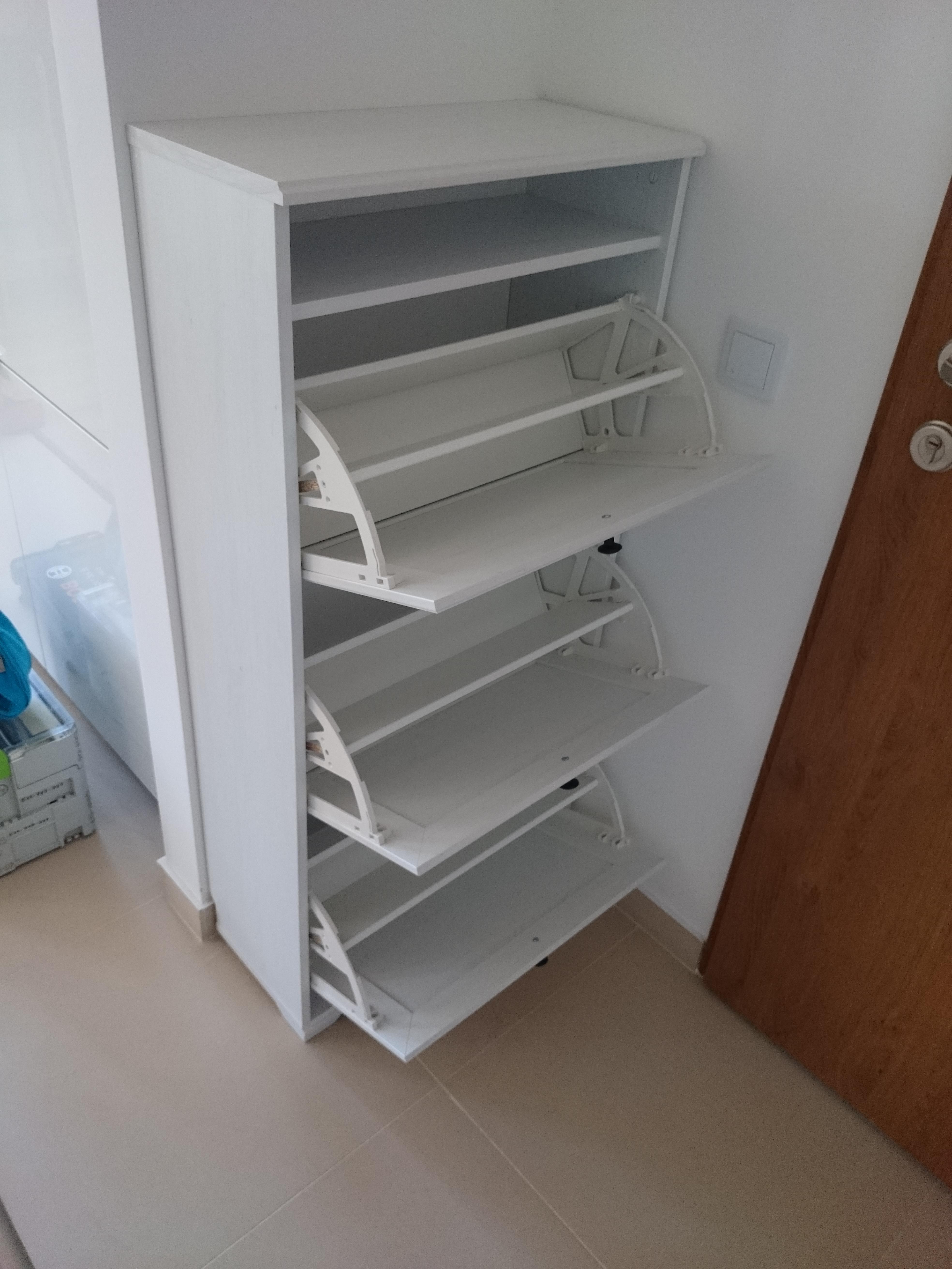 Montaż szafki na buty BRUSALI IKEA