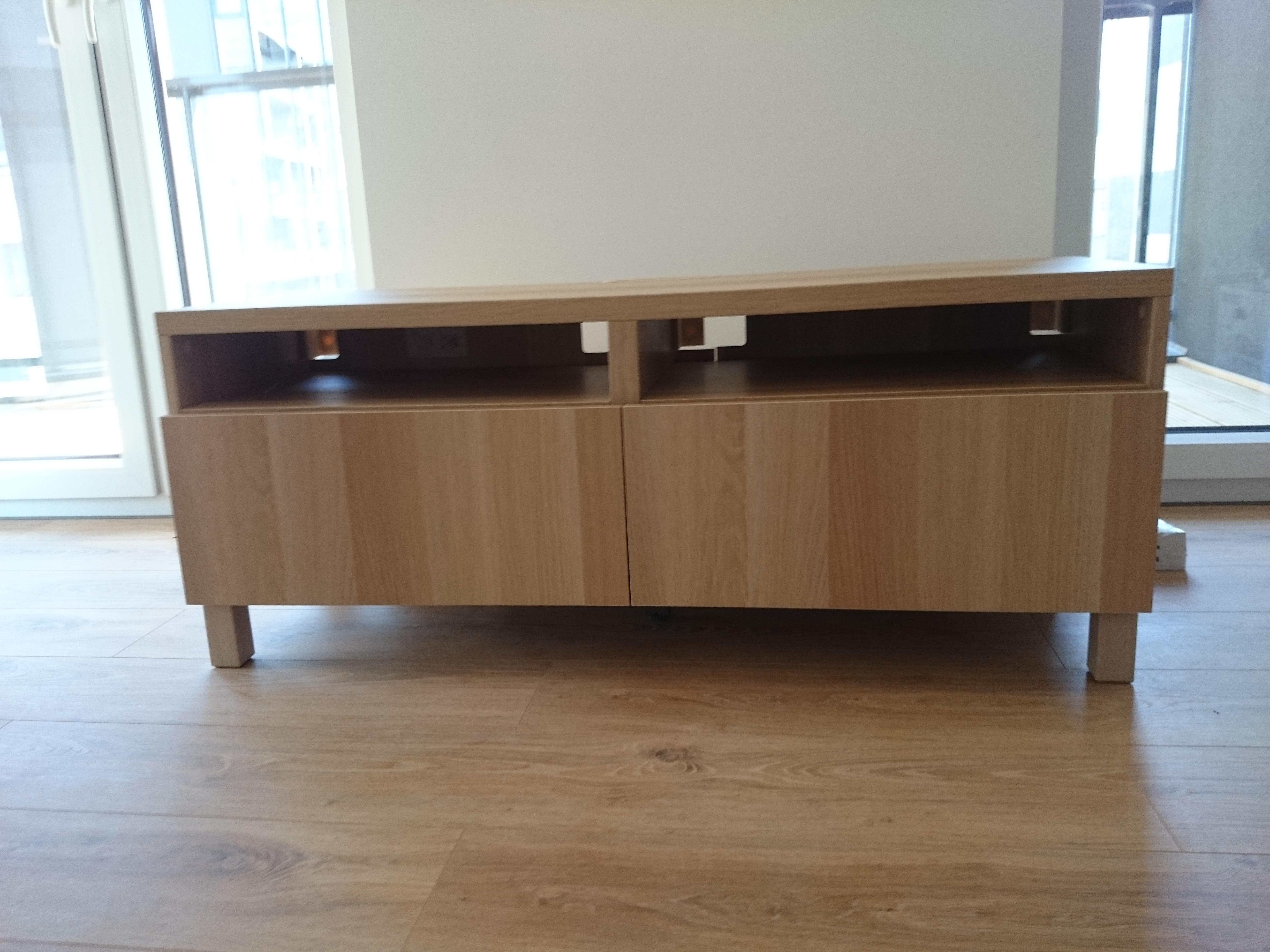 Montaż szafki RTV BESTA IKEA kolor dąb bejcowany na biało
